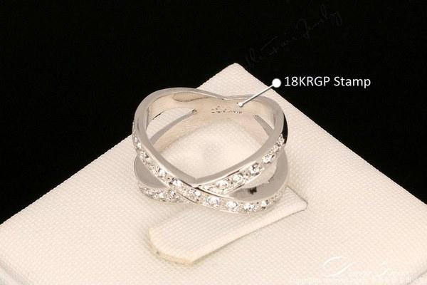 18Kホワイトゴールドメッキファッションブランドのクリスタルジュエリーリング118-13-01059
