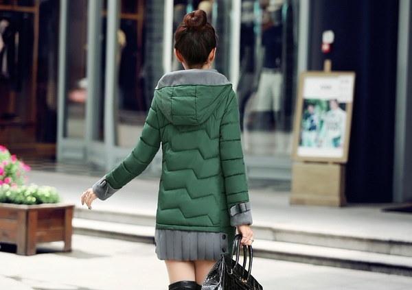 秋の女性のファッションFlorlaプリントカジュアルHoodielongスリーブTシャツトップMZS3138