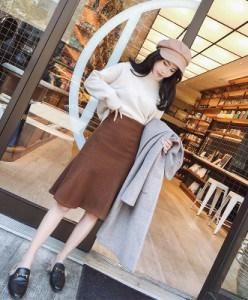 ぺプラムスカート 2色展開 秋コーデ 暖かい♪ ストレートスカート ミモレ丈 スカート ひざ丈 ブラウン ベージュ 茶 フレア フェミニン スカート
