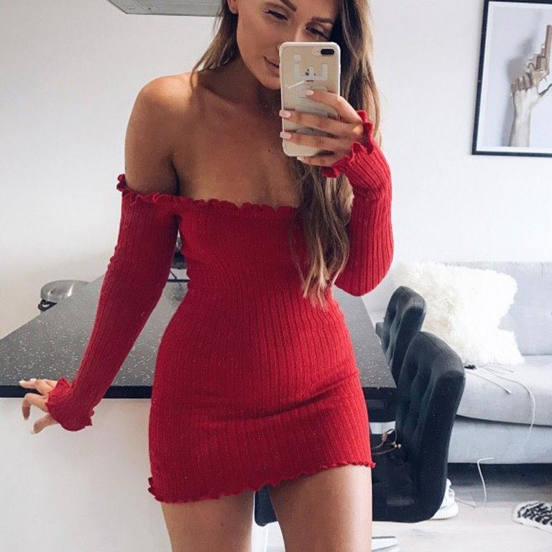 長袖のドレスパッケージヒップ襟のストラップレスのドレスを底セクシースリム