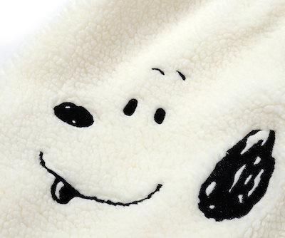 【STEREO VYNLS】ステレオバイノルズ▶ SNS大人気!ボアファートートバッグ、ピーナッツチャーリーブラウントートバッグ【TWICE個人所蔵品】