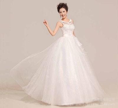 ウェディングドレス 花嫁礼服 韓国風 ノースリーブ 花飾り レース 復古風 スキニー 水晶付 舞台衣装 XCQD25