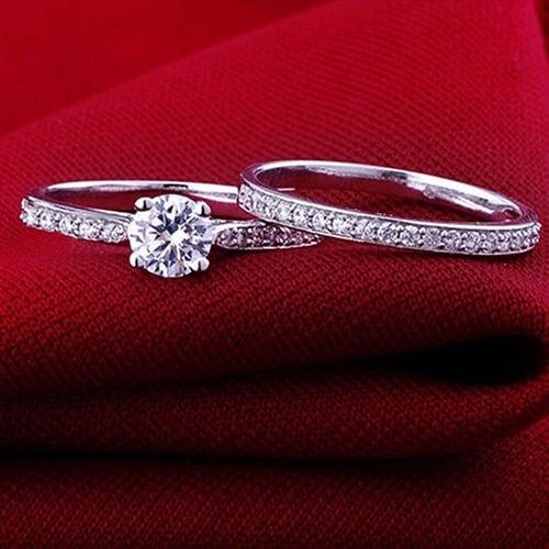 女性のエンゲージメント結婚式2個セットキュービックジルコニアシルバーメッキリング