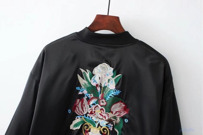 バック刺繡入り 欧米風ジャケット 秋アウター 長袖コート ゆったり 着やせ 体型カバー