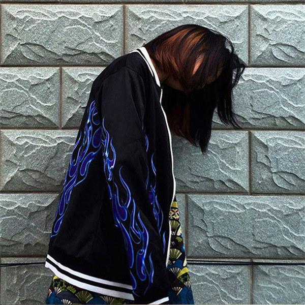 【3日以内に発送】ファイヤーデザインとライン入りリブがストリートライクなジップアップブルゾン 原宿系 ファッション レディース ゆめかわいい 服 奇抜 派手 個性的 ダンス 衣装 コスチューム ヒップ
