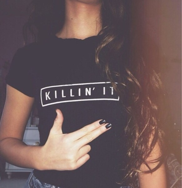 ヨーロッパとアメリカのスタイルの女性の手紙プリントストリートパンクヒッピーのTシャツ