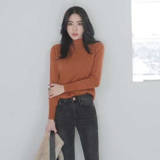 ホワイト・フォックスバンハイネクチョンチョン・ニットシャツsrcLangTypeko ニット/セーター/タートルネック/ポーラーニット/韓国ファッション