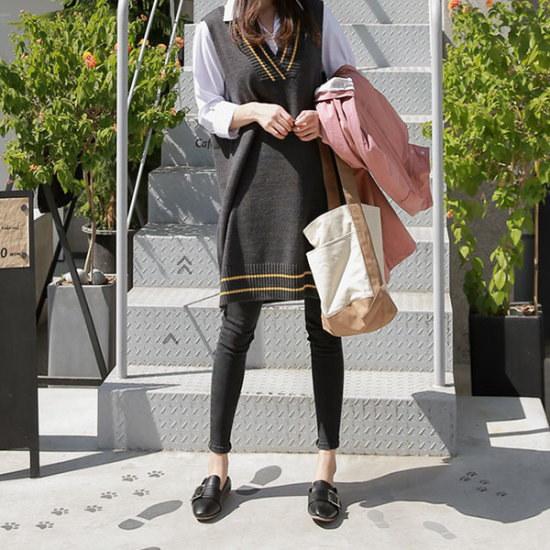 ピンクシスレースクール・ルックブイネクのチョッキ ベセチュウ / ニット・ベスト/ 韓国ファッション