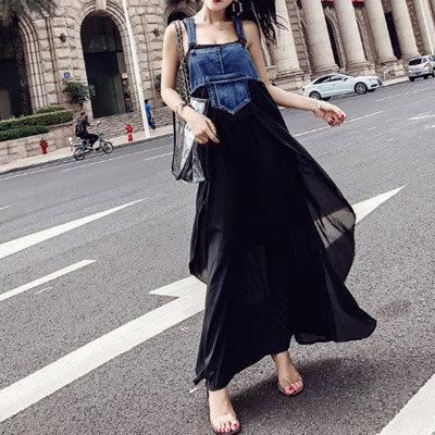 【ANDSTYLE】韓国ファッション/デニムサロペットワンピース/カジュアルとモダンがコラボ ユニークなデザインのワンピース_240097