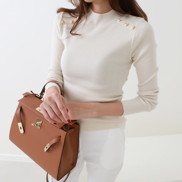 [Deming] Cut knit four-color knit gold button