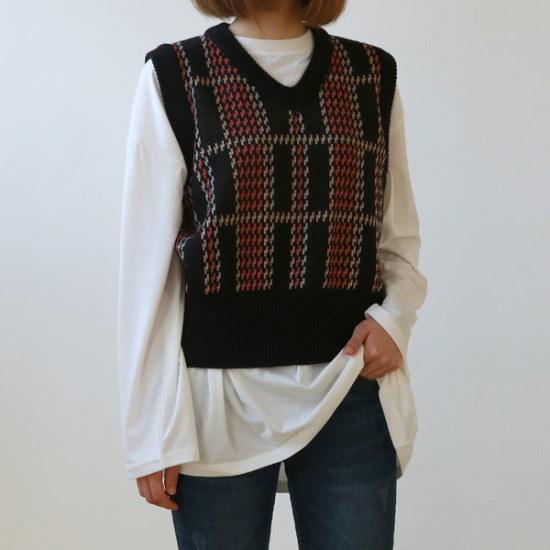 デイリー・マンデーColor check knit vestベスト ベセチュウ / ニット・ベスト/ 韓国ファッション