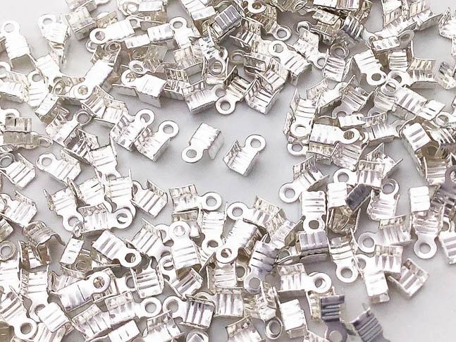 紐止め金具 カシメ シルバー 白銀 200個 幅3mm エンドパーツ 留め金具 アクセサリー パーツ (AP0834)