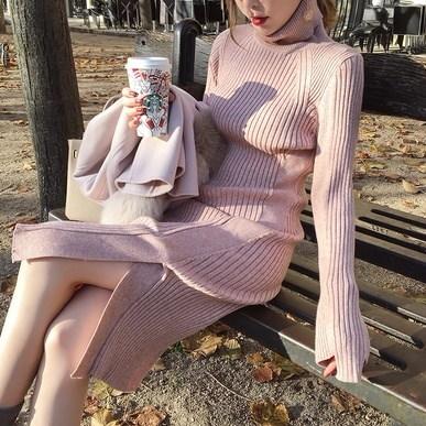秋冬新作 甘めデートコーデ♡ニット ワンピースドレス ハイネック スリット入り 長袖 ニットドレス キュート フェミニン セクシー 大人可愛い お食事会 デイリーユース ソフトピンク