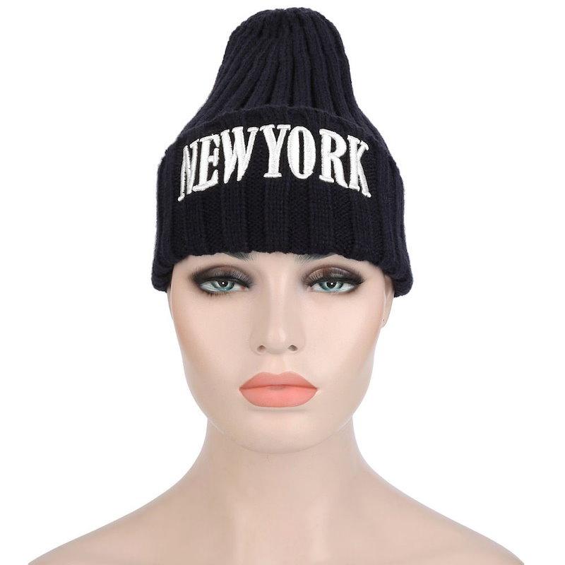 スタイリッシュなレタープリントソリッドカラーレディースニット帽