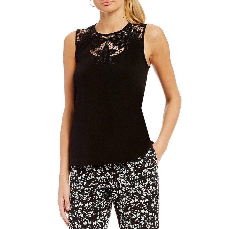 シーシー レディース トップス【CeCe Knit Top With Floral Cutout Neckline】Rich Black