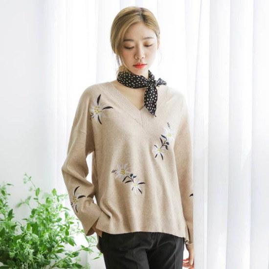 ジャストウォン花自首Vネク・キャッシュ・ニット ニット/セーター/ニット/韓国ファッション