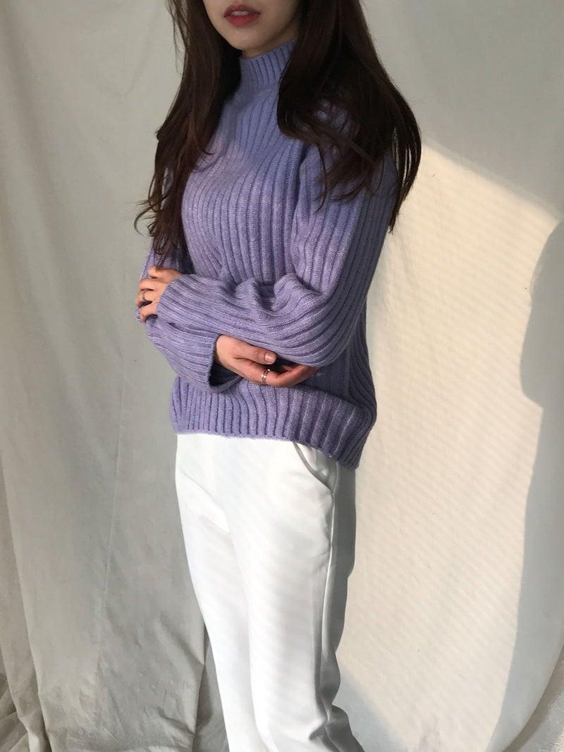 ペティ半ハイネックルーズフィットの段ボールニットkorea fashion style