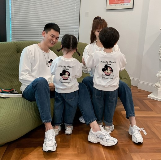 2020新品 親子ペア ディズニー ミッキーマウストレーナー 韓国 レディースファッション ママと娘 おそろい服 親子服 家族お母さん子 父と息子 お揃い服 ペアルックカップル 子供服