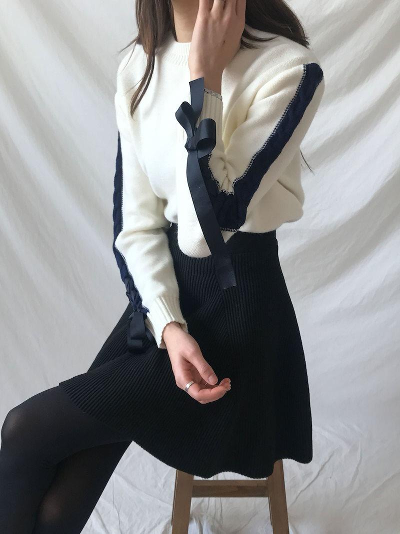 アビ円サイドの配色ストラップニットkorea fashion style