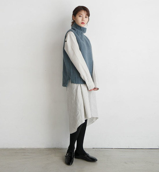 デイリー・マンデーLoose turtleneck knit vestベスト ベセチュウ / ニット・ベスト/ 韓国ファッション