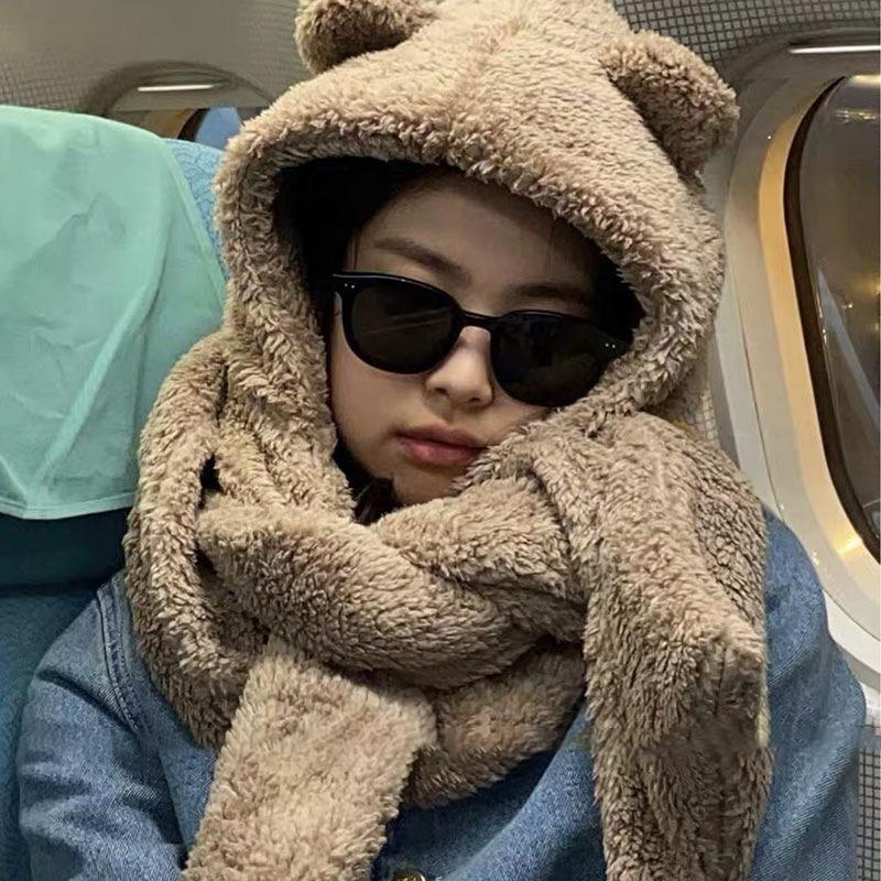 【同じスタイルのスター】ジェニー同じクマの耳帽子スカーフ1つの女性の冬の寒さの保護かわいい豪華な暖かい韓国版の潮の冬