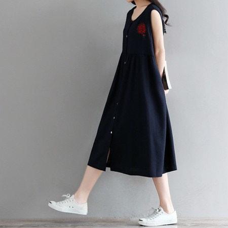 花束刺繍ワンピースシンプルなので楽に着いいノースリーブワンピースkorea fashion style