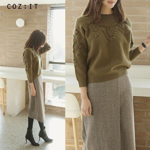 エンボス刺繍ウールニットnew 女性ニット/ラウンドニット/韓国ファッション