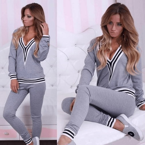 Europe United States  the fall of the new V collar womens sports suit