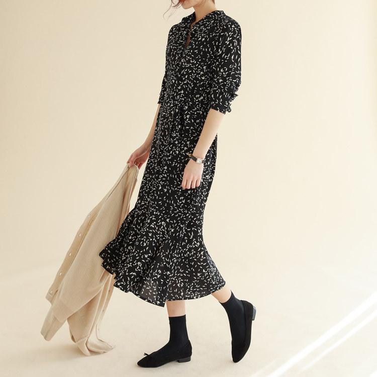 韓国 ファッションサイトNo.1 [CHICHERA]★送料無料★/デイリー捺染ロングワンピース