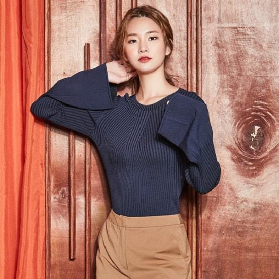 ナインNAINモダンベル・スリーブニートT3698 ニット/セーター/韓国ファッション