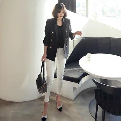 [REALCOCO]韓国春ファッション洗練されたシックな雰囲気の黒の短いジャケット。様々なスタイル演出が可能なのでオススメ!
