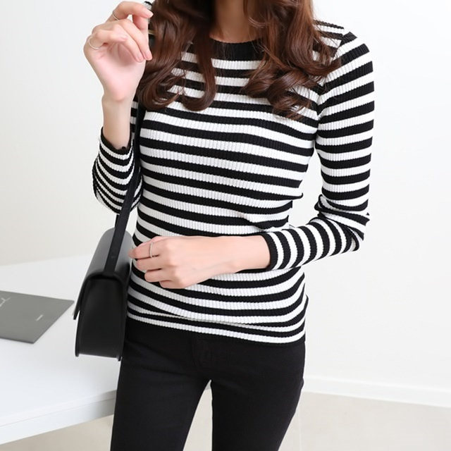 [Dimming] 4 color striped knit gentle soft