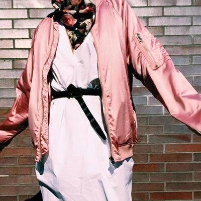《送料無料》ラッフルスリーブサテンボンバージャケット(BABYPINK/BLUEGREEN/BLACK)