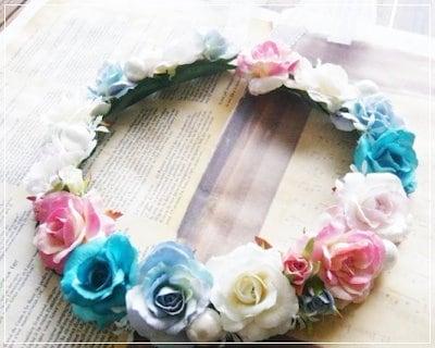 【ヘッドドレス】花冠 ミックスカラー花かんむりウエディング ウェディング オレンジ 赤 ブルー 結婚 式 ブレスレット グリーン ヘアアクセサリー 花  結婚式 アイテム フラワー パーティ  大人