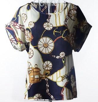 ファッション新ブランドレディーストップス女性のシャツサマーブラウスルーズのTシャツトップカジュアルシフォンプリントT