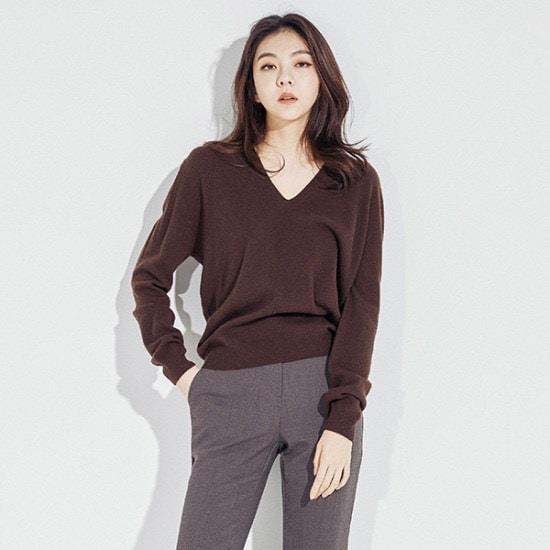メグジェイMAGJAYブイネクケシウルニートJ92PNT158 ニット/セーター/韓国ファッション