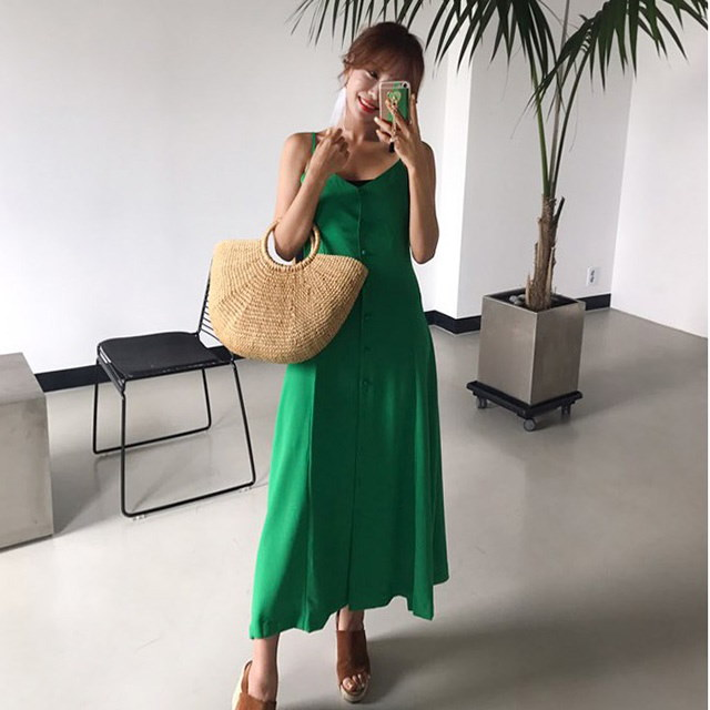 夏レイヤードビスチェボタンロングワンピースバカンスルックレクリエーションルックデイリールックkorea women fashion style