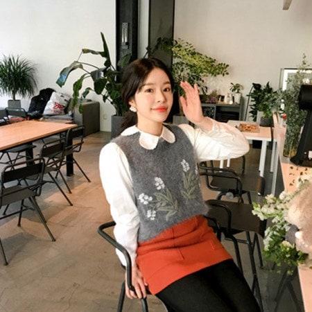 [Imvely] Rainbow Knit Vest Korean fashion style