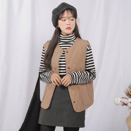 あっかんべーショップキルトチョッキ ベスト・ジャケット/ 韓国ファッション