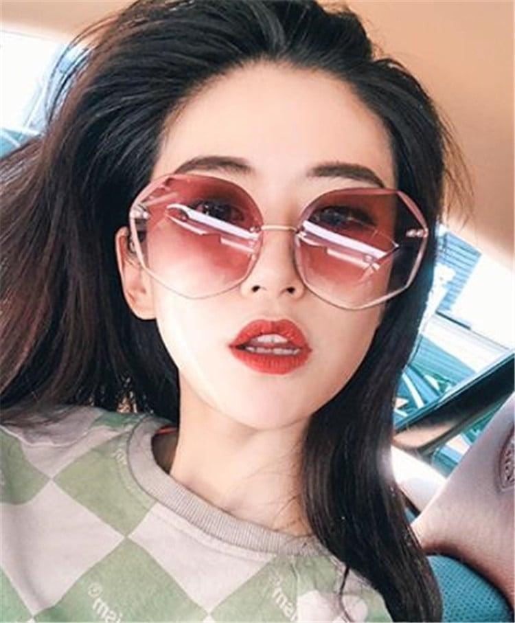 毎年人気のクラシックタイプ 激安セール 2020新型 新品 大人気 レディース 紫外線対策 サングラス メガネ ファッション 旅行 丸顔 長顔 韓国版 運転 上品映え
