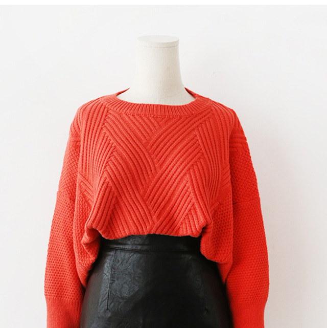 秋の雲ルーズフィットハッチパターンニットティーデイリールックデイリーバックkorea women fashion style