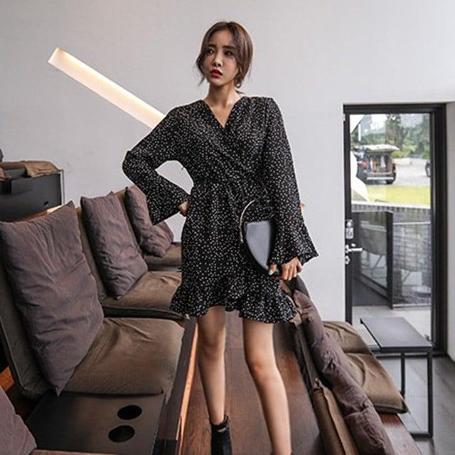 ドットパターンフリルリボンストラップラップワンピースデイリールックkorea women fashion style