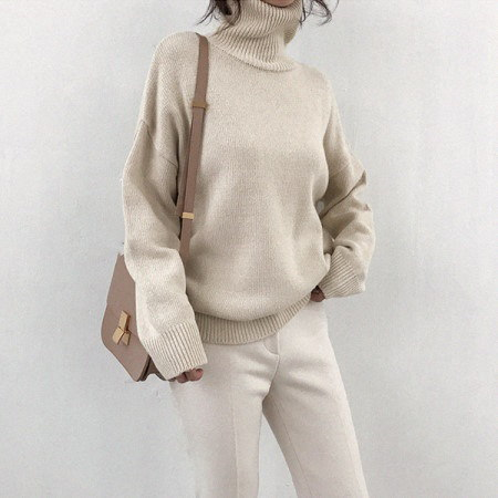 Pitching turtleneck knit Korean fashion style