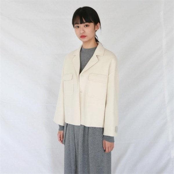デイリー・マンデーHandmade pocket short coatコート 女性のコート/ 韓国ファッション/ジャケット/秋冬/レディース/ハーフ/ロング/