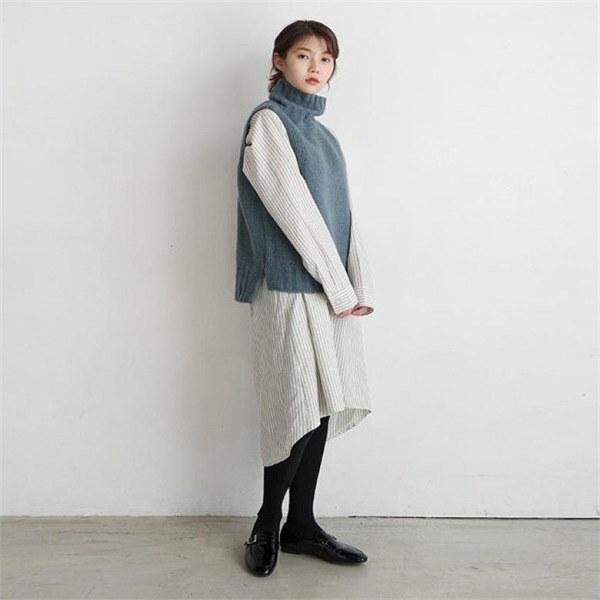 デイリー・マンデーLoose turtleneck knit vestベストnew 女性ニット/ニットベスト/韓国ファッション