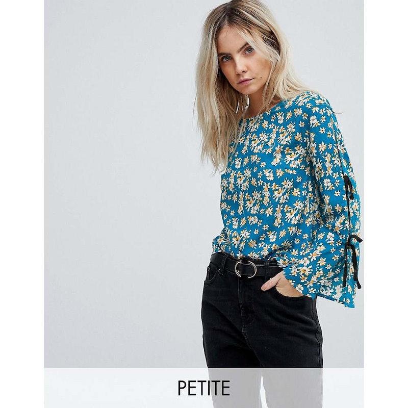 グラマラス レディース トップス【Glamorous Petite Top With Wide Ribbon Tie Sleeves In Floral】Blue