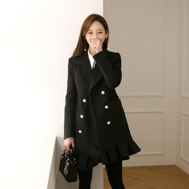 コーディネートの完成フリルコートkorean fashion style