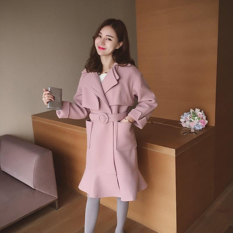 (55555SHOP)韓国ファッション トレンチロングコート ロング丈アウター 秋冬ジャケット 防寒効果もバッチリ! レディースファッション/ほどよいミドル丈は体型カバーをしてくれて、シーズンの体を温かく包んでくれます トレンチコート ジャケット アウター