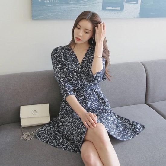 トムエンレビッベリレプワンピースワンピースフレアワンピースラップワンピースフラワーワンピース サテン/シルクワンピース/ 韓国ファッション