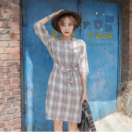 ストラップ腰バンディングスクエアネックチェックワンピースデイリールックkorea women fashion style